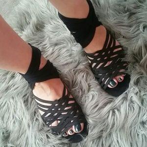 Fendi  strap  sandals